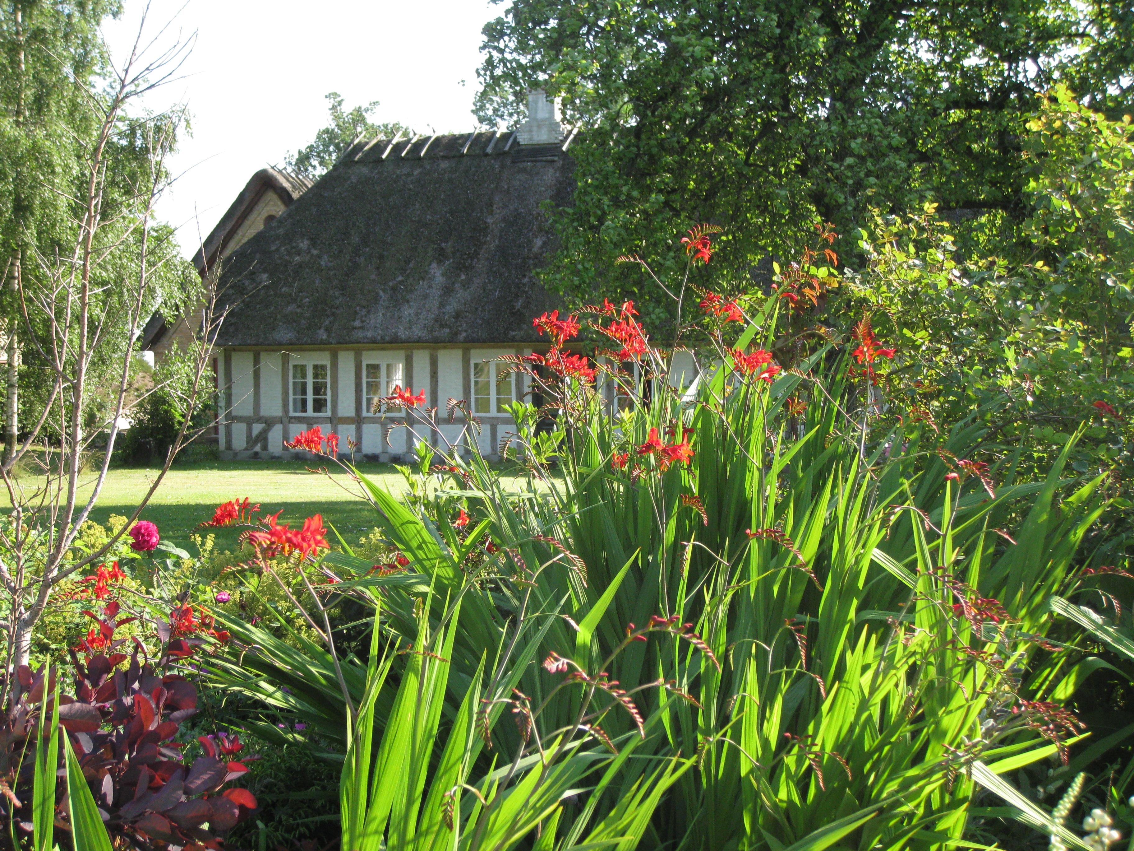Stuehuset set fra prydhaven - BBfyn